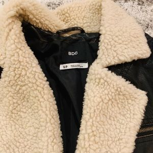 Urban Outfitters Jackets & Coats - Urban outfitters motto cropped jacket